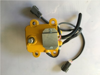 PC200-5 油门马达