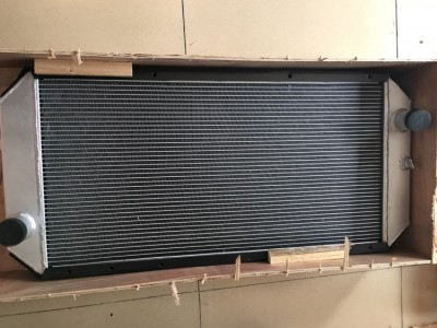 CAT320C 全铝水箱