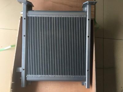 PC60-7 4D102液压油散热器