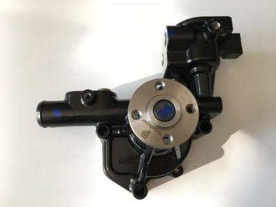 PC30R 发动机水泵