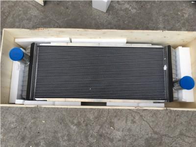 EC210B 水箱液压油散热器