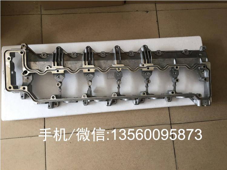 SK350-8 J08E发动机大修